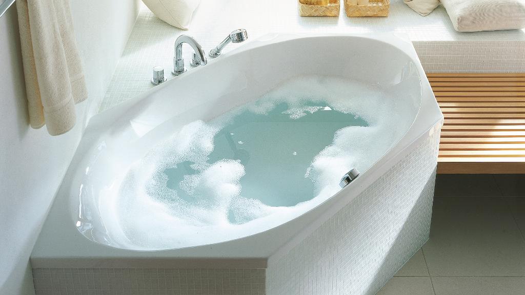 Duravit 2x3 series: Corner baths, bathtubs & whirl systems | Duravit