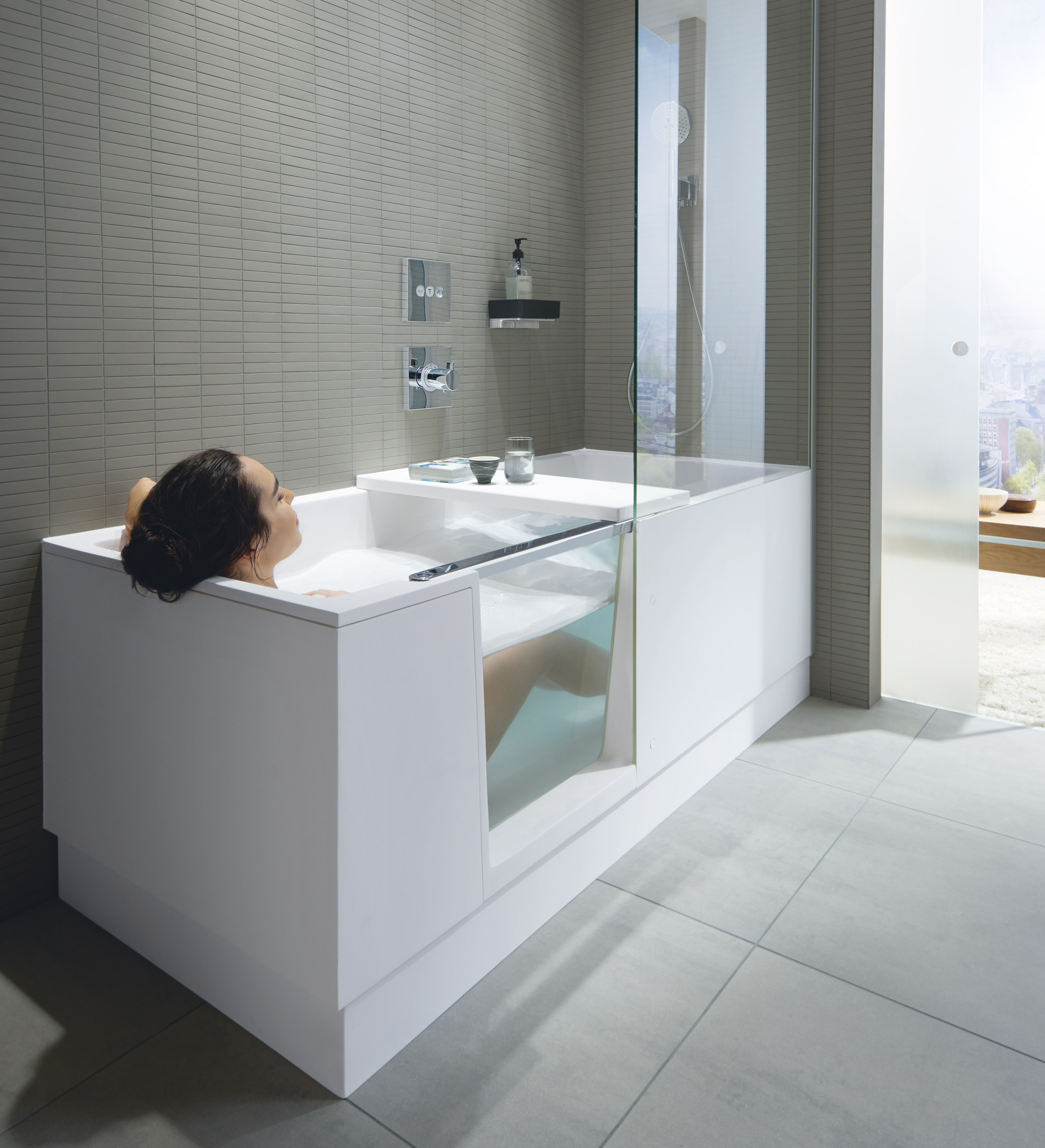 Shower + Bath Is The Perfect Solution For Any Small Bathrooms!
